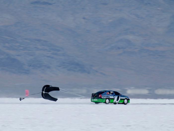 Prueba de consumo (71): Skoda Fabia GreenLine y Octavia RS de récords. Nieve