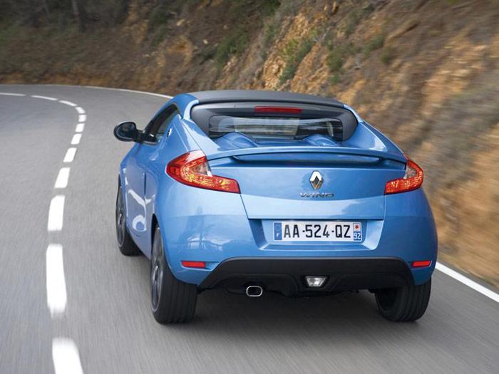 Renault Wind 1.6 16v. Posterior. Movimiento