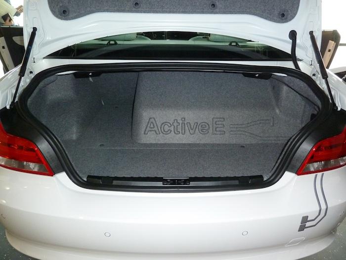 BMW Active E. Maletero