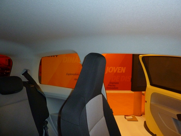 Seat Mii. Sin agarradores en el techo, en ninguna de las plazas