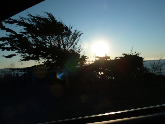 Puesta de sol Sobre el Oceano Pacífico. Visto desde la Highway 1.