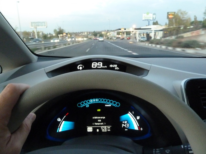Nissan Leaf. En modo ECO. Recorrido 10 km. 1 hora