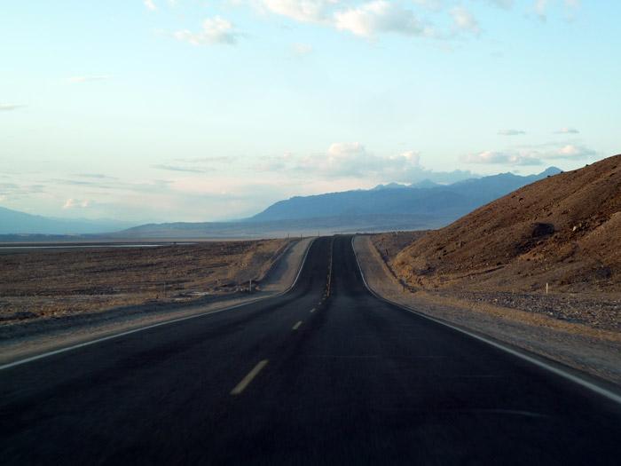 El Valle de la Muerte. California. Carretera