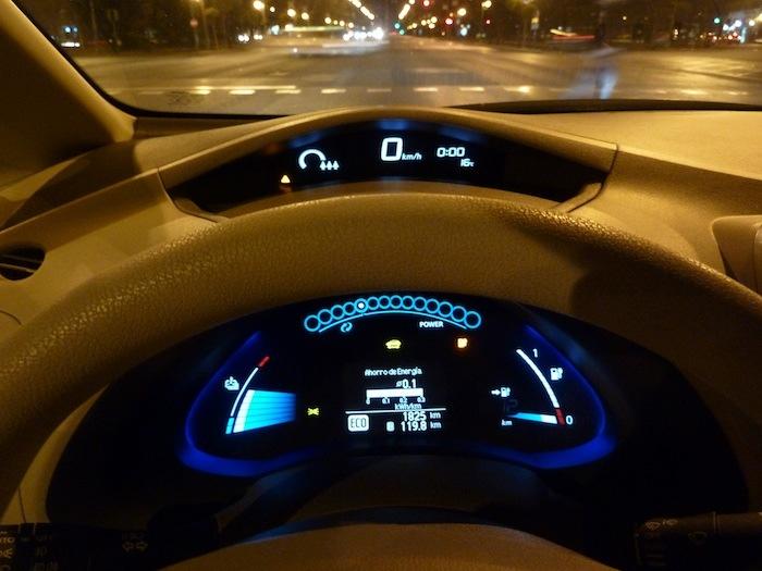 Nissan Leaf. En modo ECO. Recorrido 120 km. Reserva.