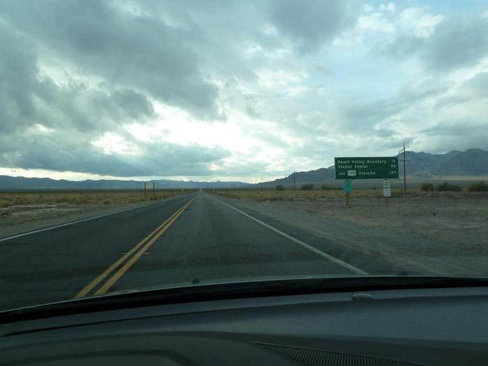 El Valle de la Muerte. California. Poste informativo