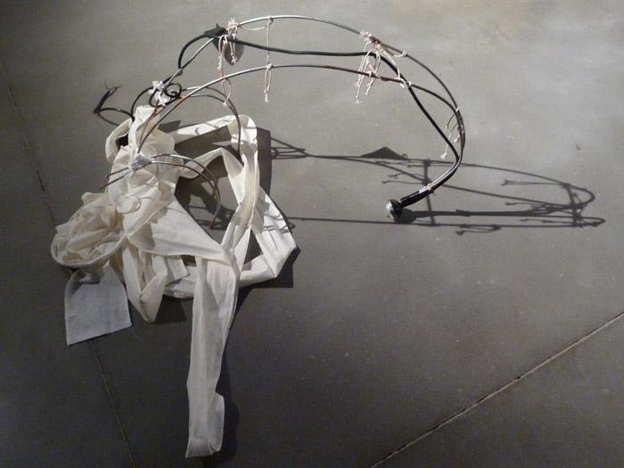 Renault Twizy. Exposición de arte. Utensilio para alumbrar