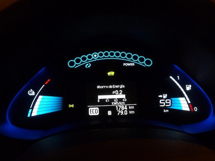 Nissan Leaf. En modo ECO. Recorrido 80 km. 0-2 kwh