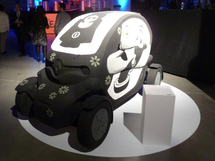 Renault Twizy. Exposición de arte. Jordi Ribes. Sor Twizy.