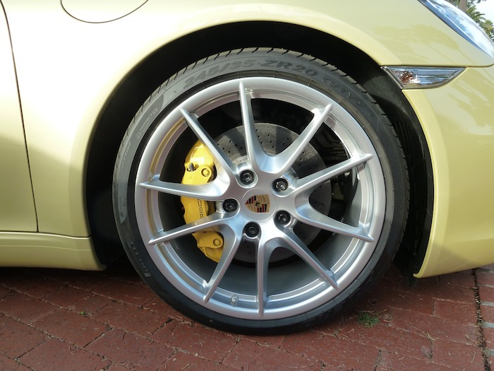Porsche 911. Código 991. Llanta 1. Año 2012