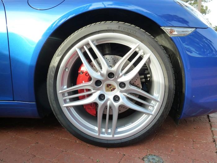 Porsche 911. Llanta 2 Código 991. Año 2012