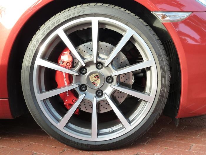 Porsche 911. Llanta 3 Código 991. Año 2012