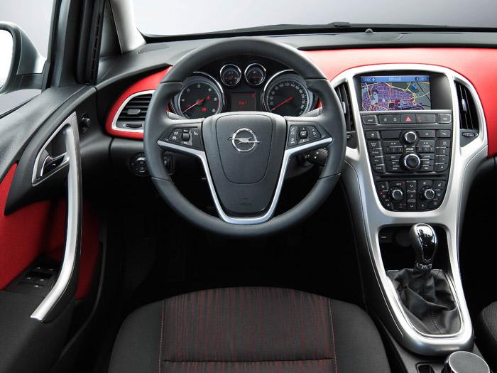 Opel Astra ecoFLEX 1.3-CDTi 95 CV. Interior
