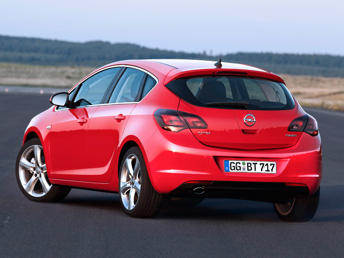 Opel Astra ecoFLEX 1.3-CDTi 95 CV. Posterior
