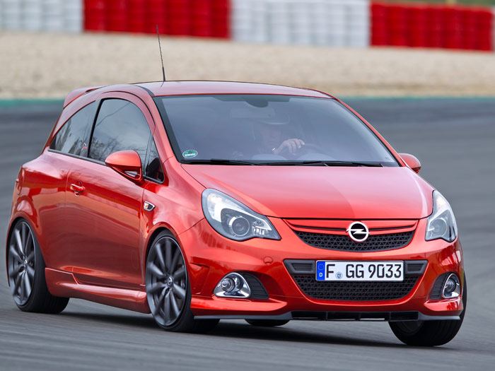 "Opel Corsa OPC ""Nürburgring Edition"". Frontal"