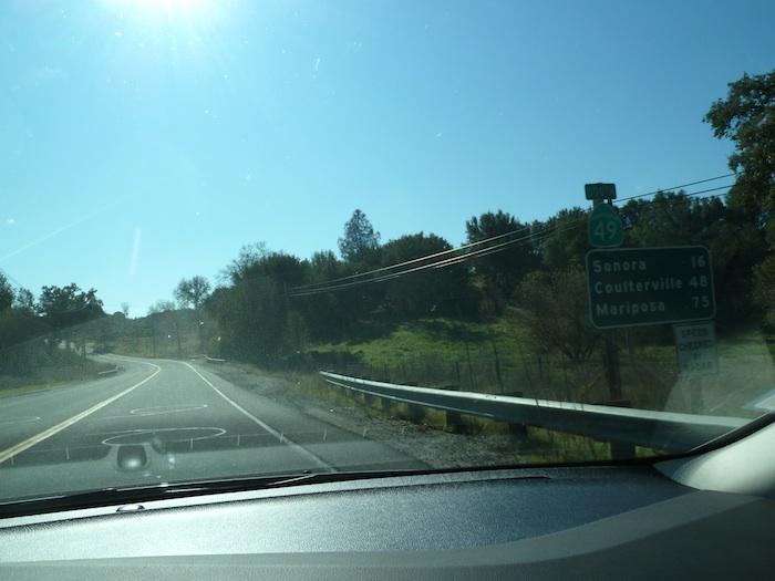 EE.UU. Batiburrillo de señales de tráfico.