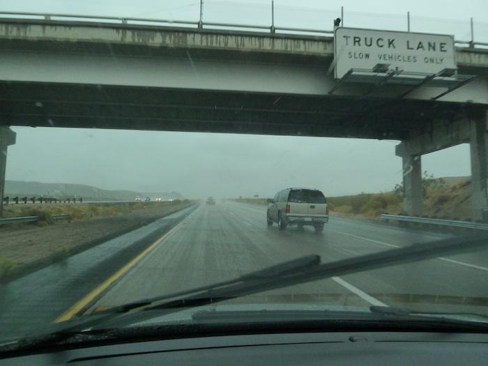 Via para camiones. EE.UU. Truck Lane USA.