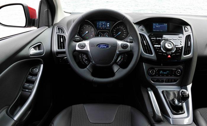 Ford Focus 2.0-TDCi 163 CV Titanium. Interior