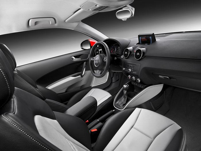 Audi A-1 1.6-TDI 90 CV. Interior 1