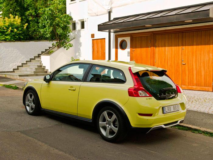 Volvo C30 1.6D DRIVe 115 CV. Tres cuartos trasero