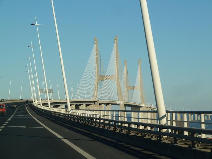 Portugal. Puente sobre el Tajo.