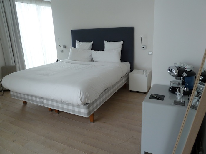 Hotel Kube. Saint Tropez. Habitacion 223. La cama.