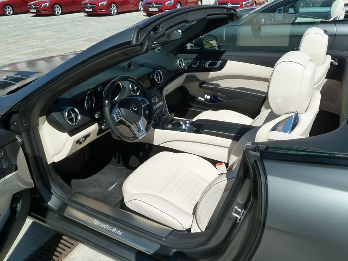 Mercedes-Benz Clase SL. Interior. Cuero napa porcelana