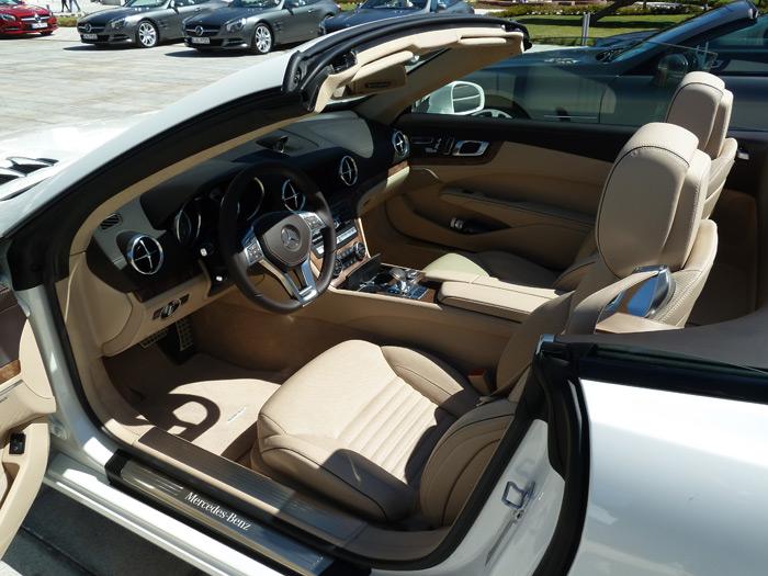 Mercedes-Benz Clase SL. Interior. Cuero napa marrón