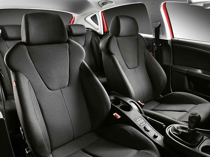 Seat León FR 2.0-TDi 170 CV. Asientos deportivos