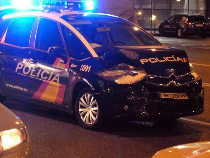 Madrid. Coche de la Policía Nacional accidentado. Ronda de Toledo