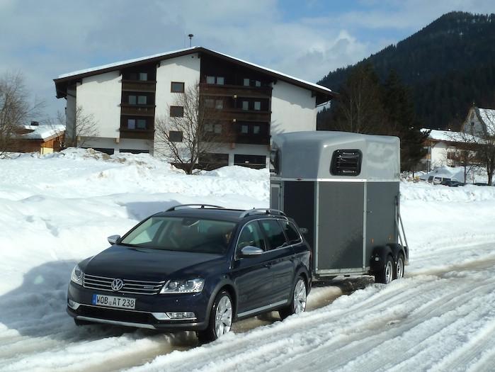 Volkswagen Passat Alltrack: remolcar 900 kilogramos sobre la nieve