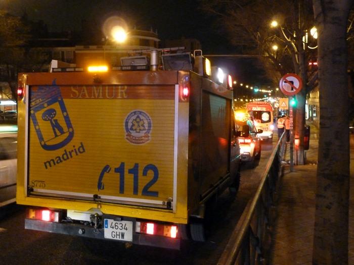 Madrid. Samur en accidente de un coche de la Policía Nacional. Ronda de Toledo