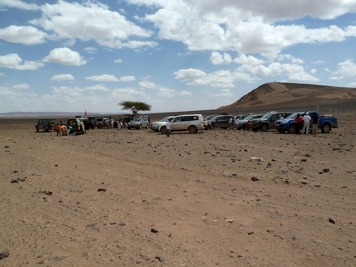 Apritivo en el desierto. Marruecos.