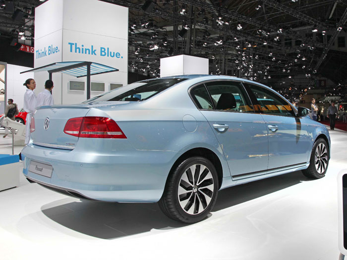 VW_Passat_BlueMotion_2