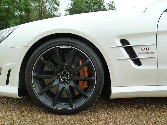 Mercedes-Benz SL 63 AMG. Frenos ceramicos