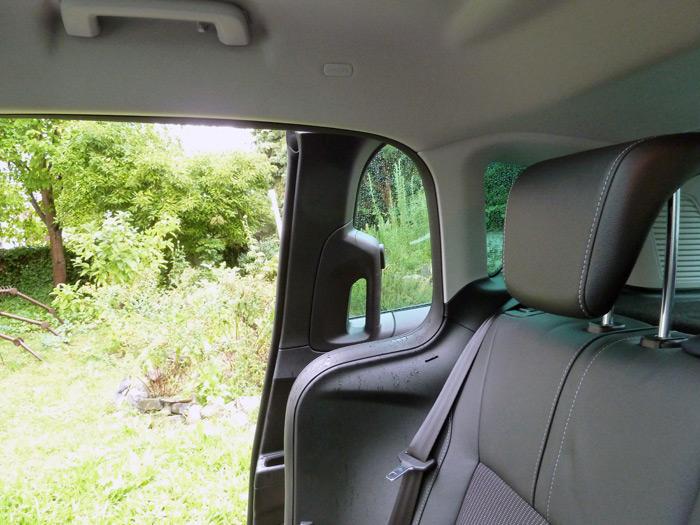 Ford b max el coche para llevar ni os peque os - Coches con puertas correderas ...
