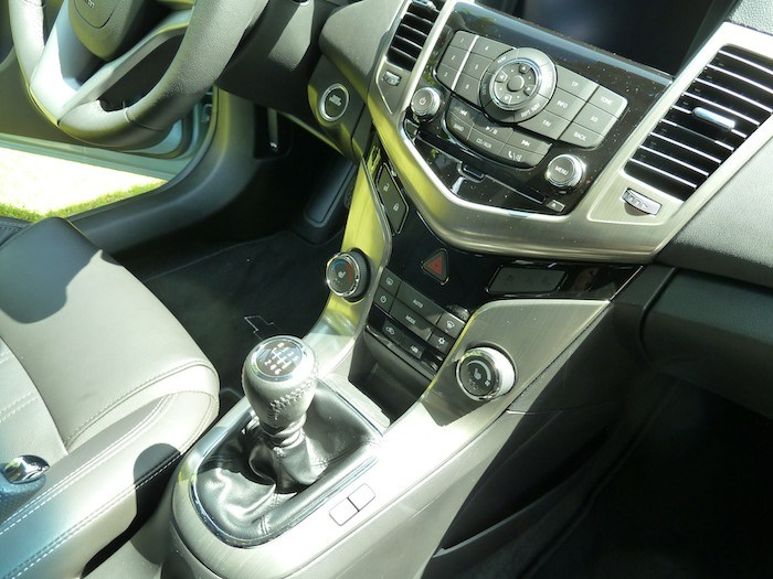 Chevrolet Cruze SW. Detalles del interior e impresiones.