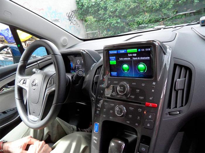 Interior del Opel Ampera
