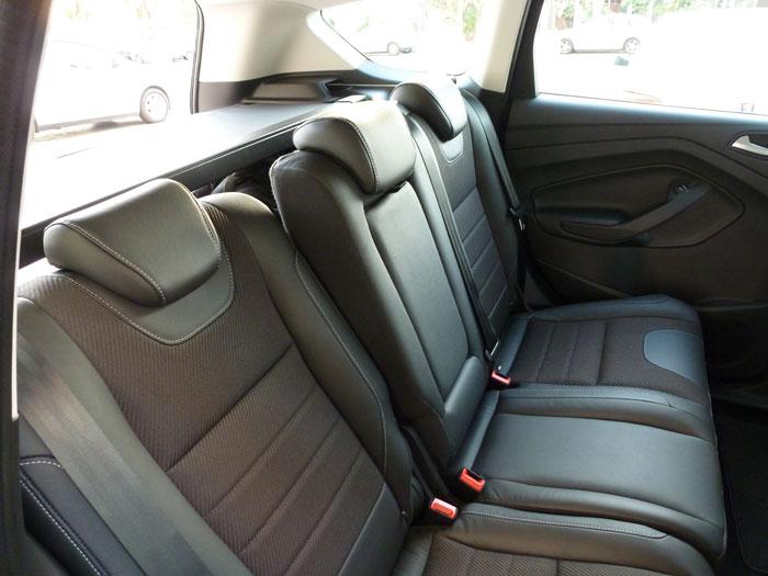 Ford Kuga. Asiento reclinable