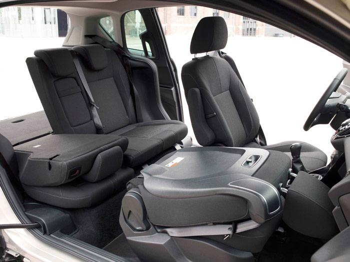 Ford B-MAX. Asientos abatibles