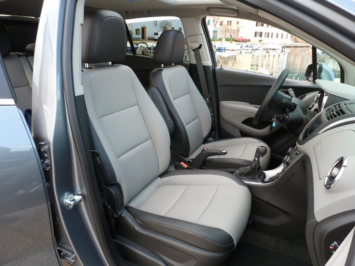 Chevrolet Trax 2013. Asientos, tapicería. Acabado LT
