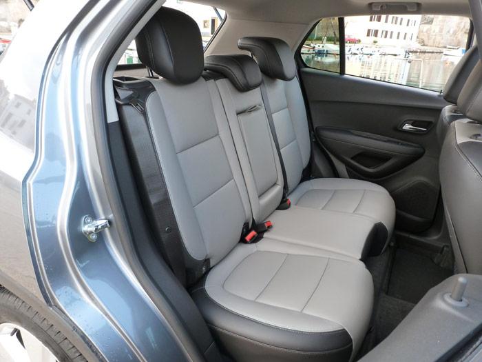 Chevrolet Trax 2013. Asientos traseros