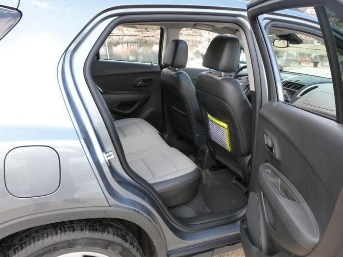 Chevrolet Trax 2013. Espacio, asientos.