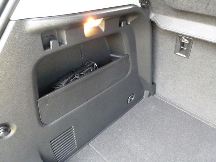 Chevrolet Trax 2013. Huecos en el maletero