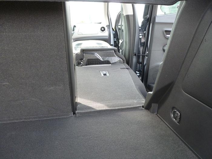 Chevrolet Trax 2013. Maletero, asientos