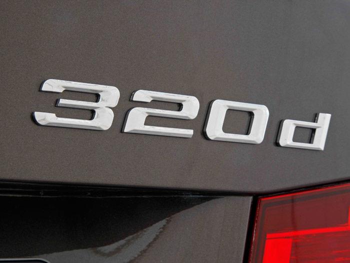 BMW 320d. Anagrama