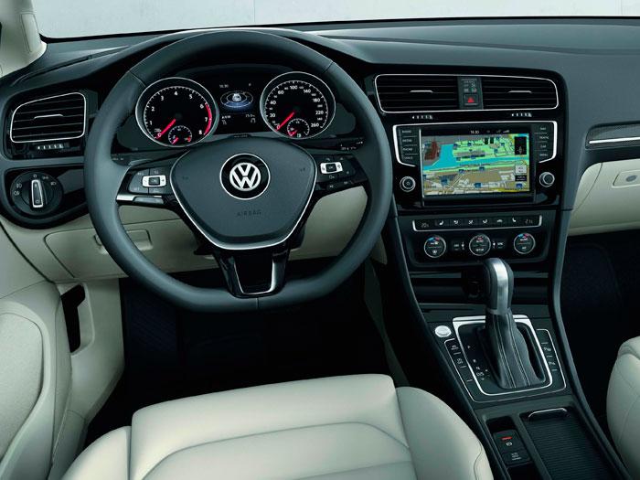 Volkswagen Golf 1.4-TSI-140 DSG 3p