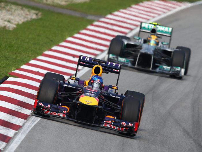 Fórmula 1. Malasia 2013. Vettel y Hamilton
