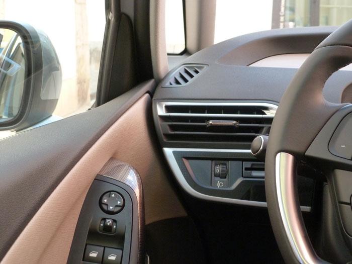 Citroën C4 Picasso THP 155 Exclusive. 2013. Unión puerta izquierda