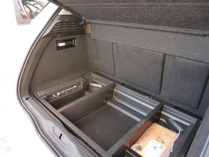 Citroën C4 Picasso THP 155 Exclusive. 2013. Huecos del maletero