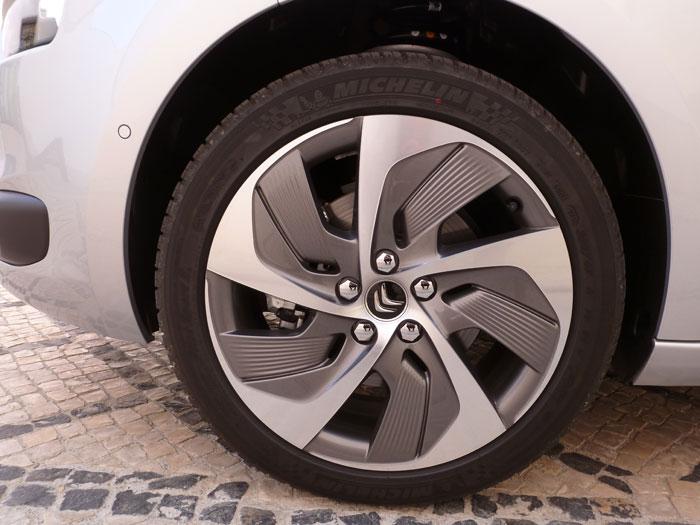 Citroën C4 Picasso THP 155 Exclusive. 2013. Llanta de 18 pulgadas